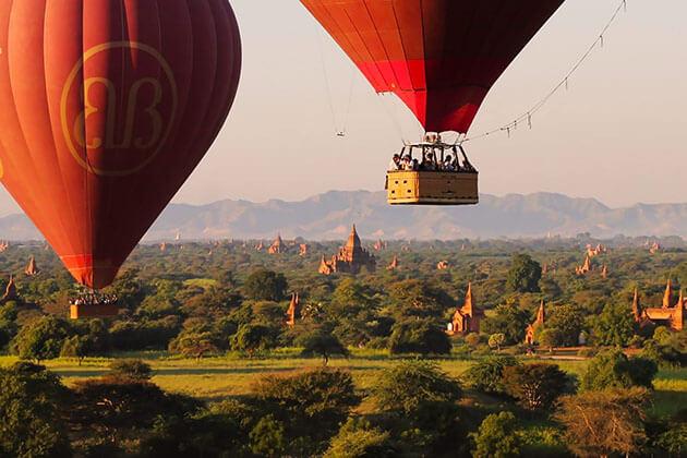 Bagan Morning Hot-Air Balloon