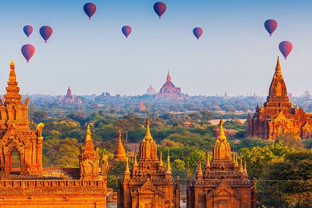 Bagan temples and hot air balloon