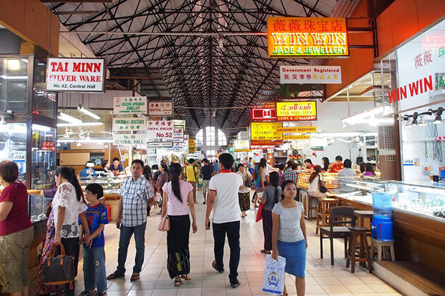 Bogyoke Aungsan Market - see the local trade in Myanmar river cruise