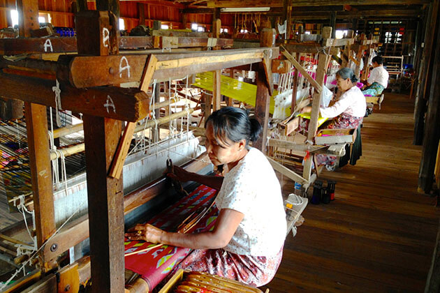 Inle Lake hand-weaving workshop