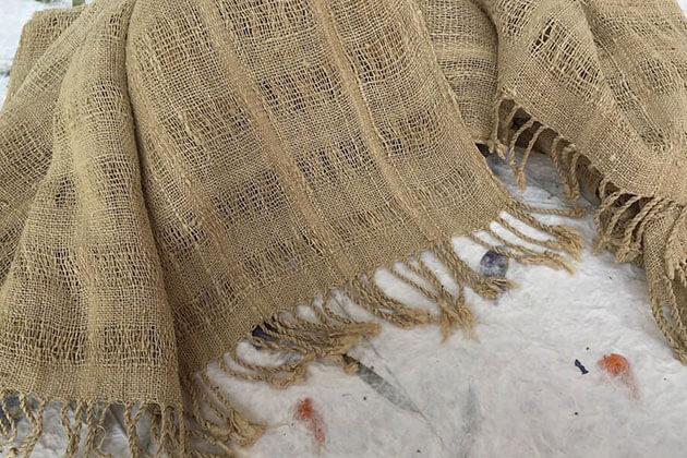 Inle Lake silk - thing to buy in myanmar