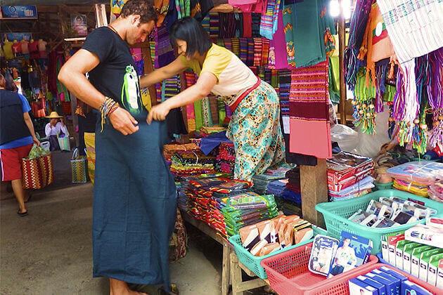 Longyi - best Myanmar souvenir