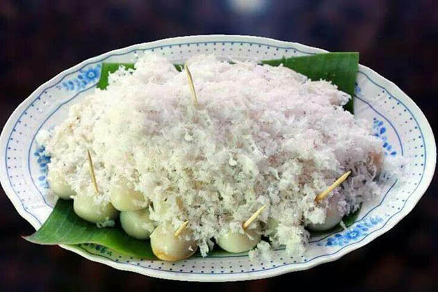 Mont-lone-yay-paw - a traditional Thingyan food