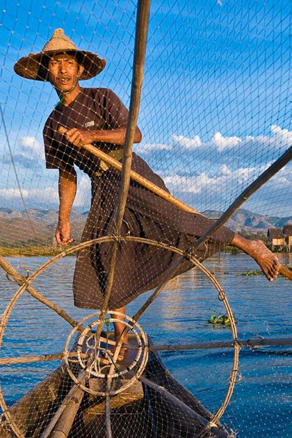 Myanmar cruise - Discover distinctive culture and traditions