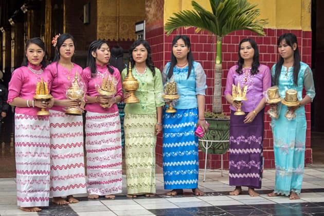Myanmar traditional dress for burmese women