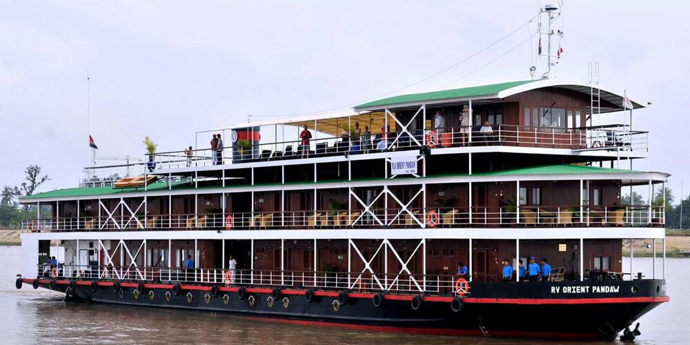 RV Orient Pandaw Cruise Ship