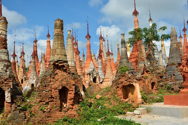Shwe Indein temple complex