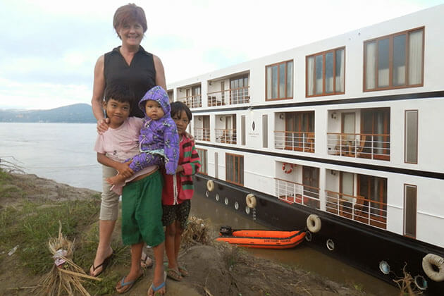 Sin Kyun village - discover the local life in irrawaddy river cruise
