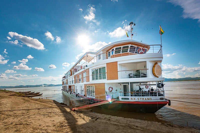 Strand Myanmar Cruise