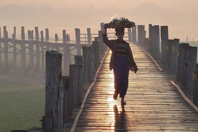 U Bein Bridge - the highlight of mandalay