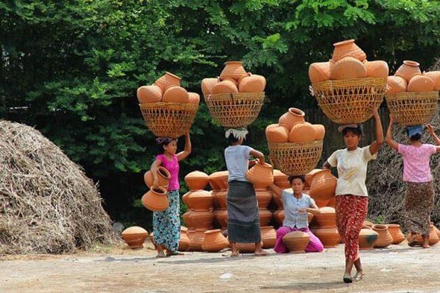 Yandabo village sightseeing in Myanmar river cruise trip