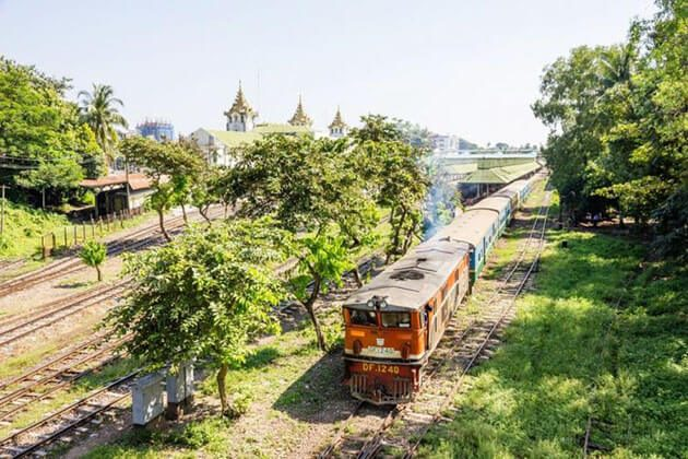 Yangon – Dala Circular Train - authentic experience for Myanmar river cruise