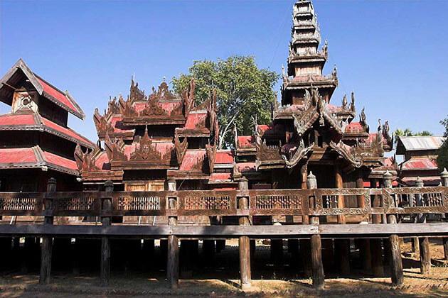 Yoke Saung Kyaung Monastery