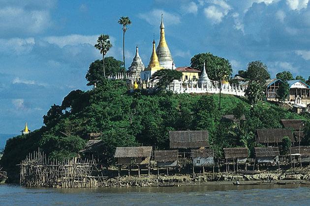 the idyllic village of Thayet Myo