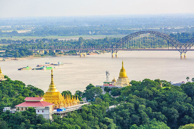 the panoramic view from Sagaing hill