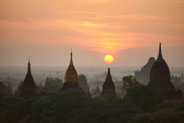 wake up early in myanmar to behold the beautiful sunrise - things to do in myanmar river cruise